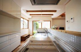 光と風に溢れるキッチンダイニング